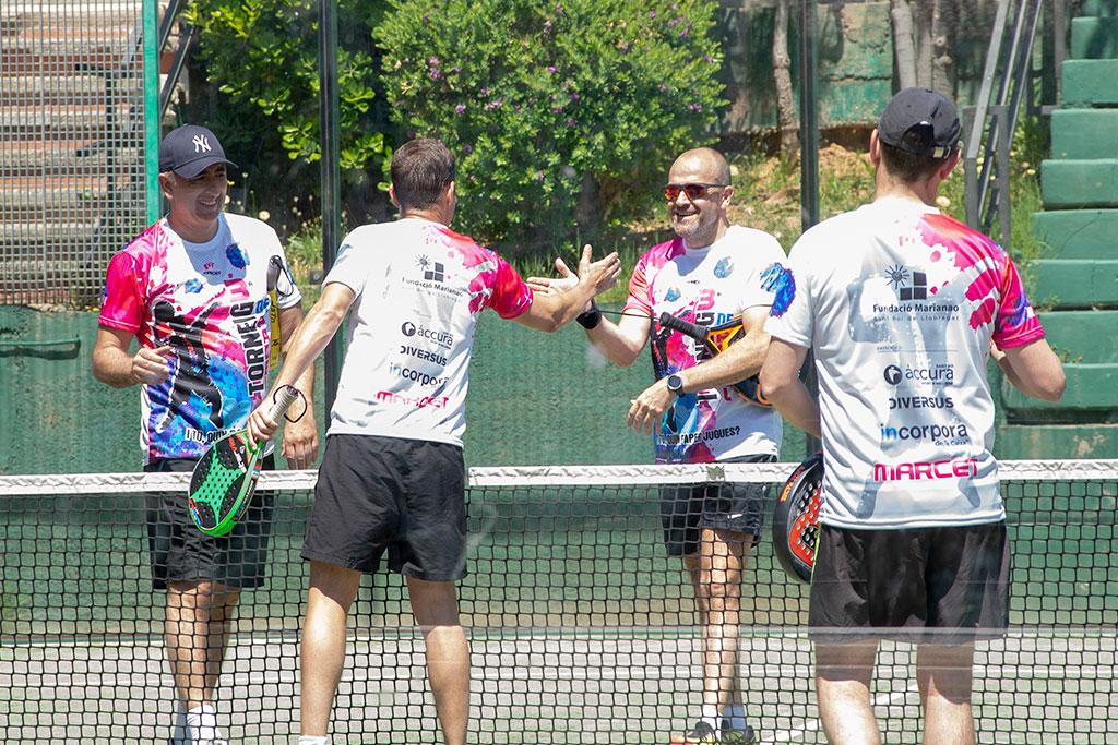 Jugadors del 3r Torneig de pàdel amb empreses de la Fundació Marianao