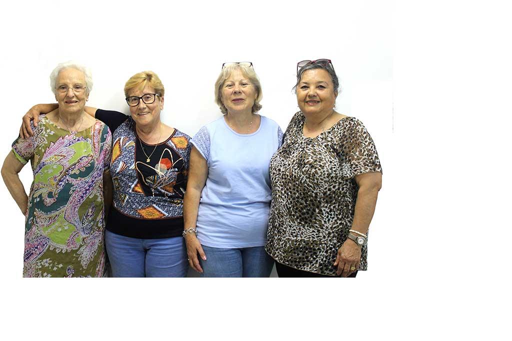 Dones grans participants del Col·lectiu Suma de la Fundació Marianao